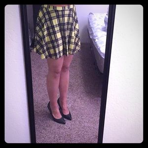 Soft and sexy yellow and black plaid skirt
